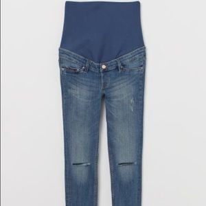 H&M MAMA Skinny Ankle Jeans in Trashed Denim Blue